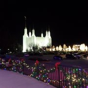 Mormon Temple Visitor Center - and the Festival of Lights - 108 ...