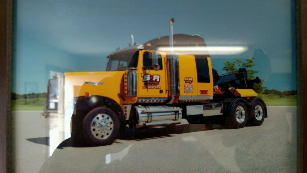 S & R Towing: 420 N 13th St, Cameron, WI