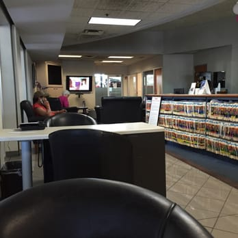 Foto De Crest Honda   Nashville, TN, Estados Unidos. The Service Waiting  Area
