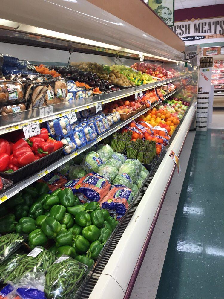 Held's Shop & Save: Rte 66 & 16th St, North Apollo, PA