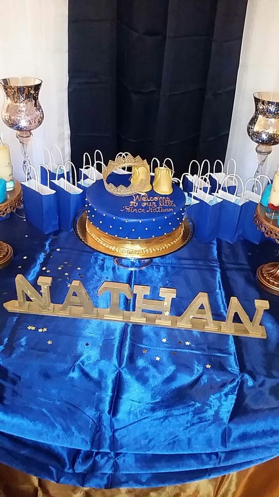 Royal Blue Gold Cake With Caramel Filling The Crown Was Purchased