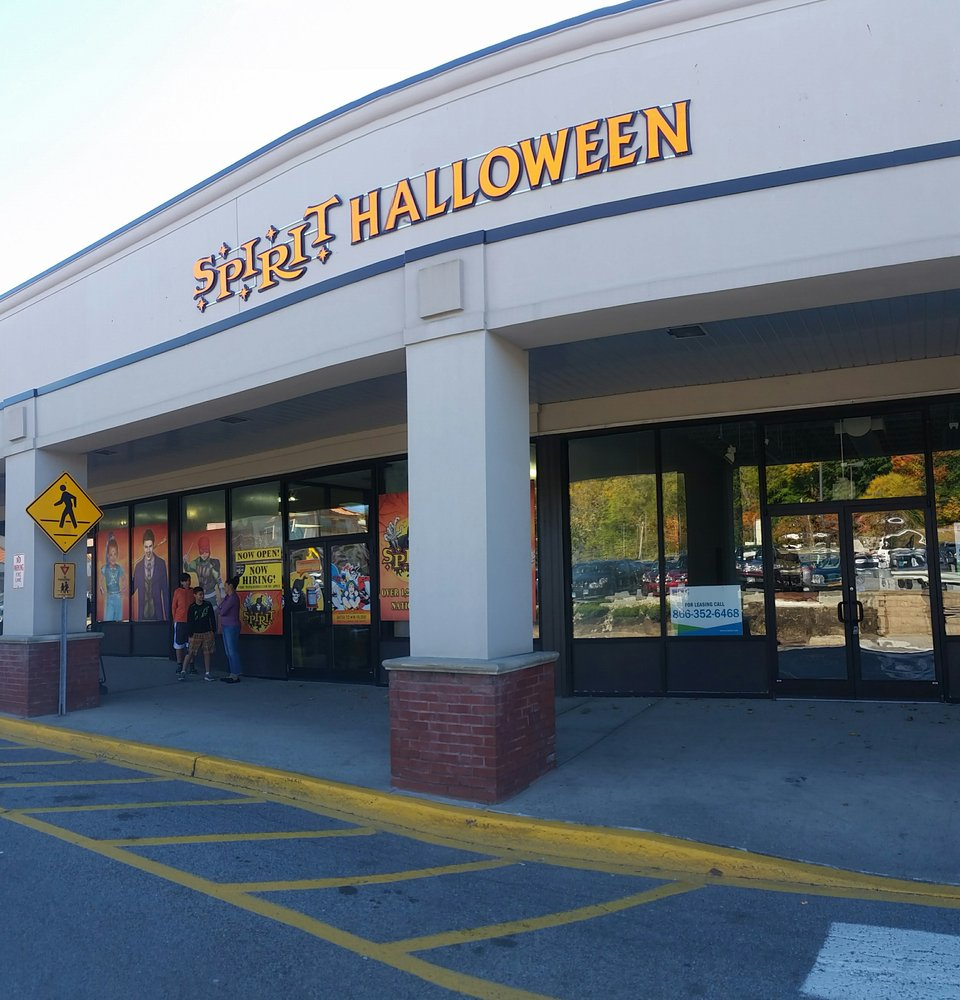 spirit halloween - closed - party supplies - 1831 main st, peekskill