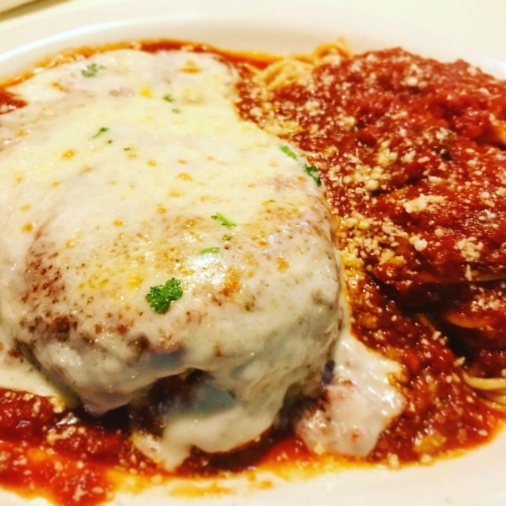 Regino's Italian Restaurant: 3816 E Little Creek Rd, Norfolk, VA