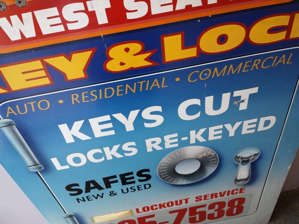 Alki W Seattle Key & Lock
