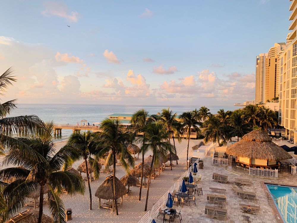 Westgate Miami Beach and Newport Beachside Hotel & Resort - Slideshow Image 3
