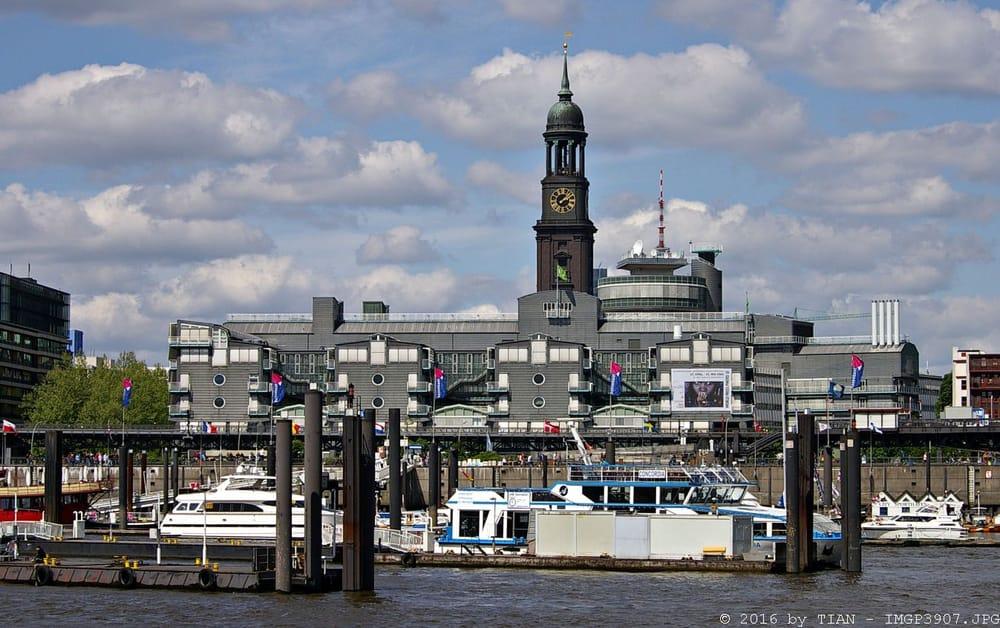 Hamburg kompakt: Landunsbrücken, G&J, Michel, Hafen (06 ...