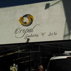 Oropal Galer A Arte 10 Fotos Dise O De Interiores