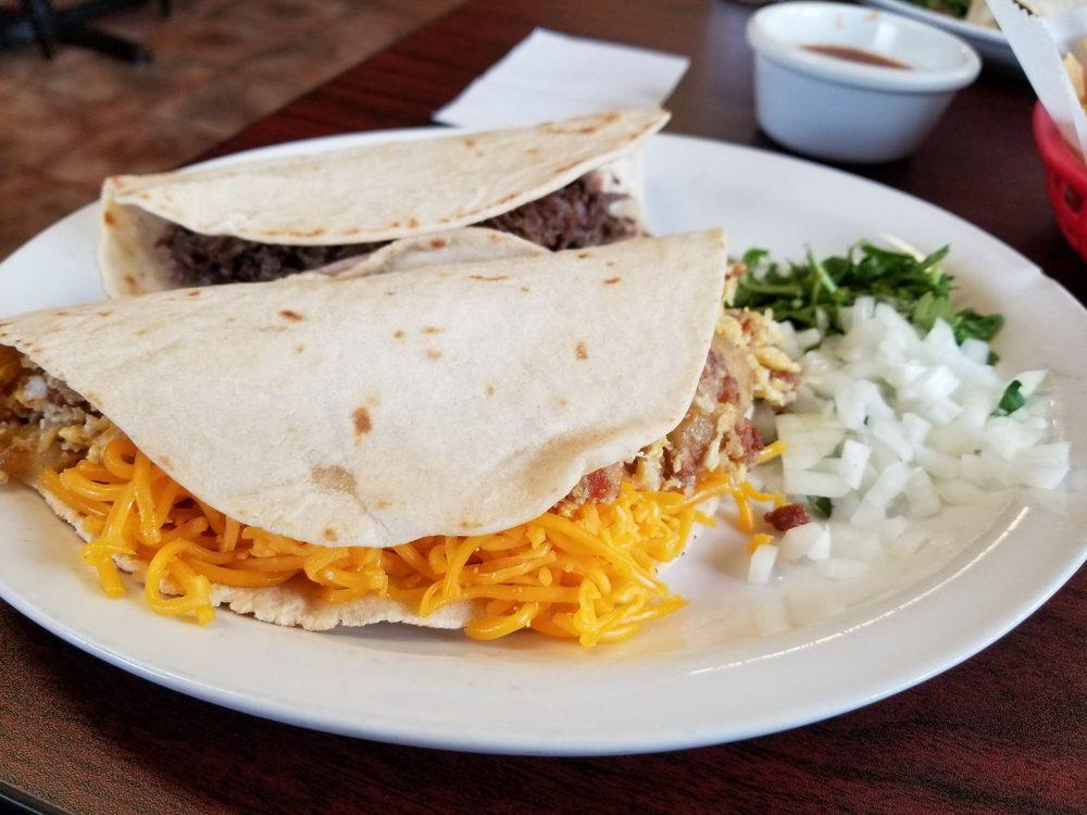 Food from El Olvido Hacienda