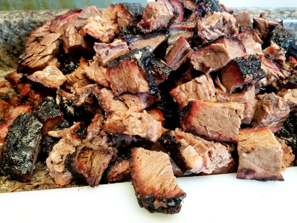 Bite Me Barbecue: 1405 Center St, Marysville, KS