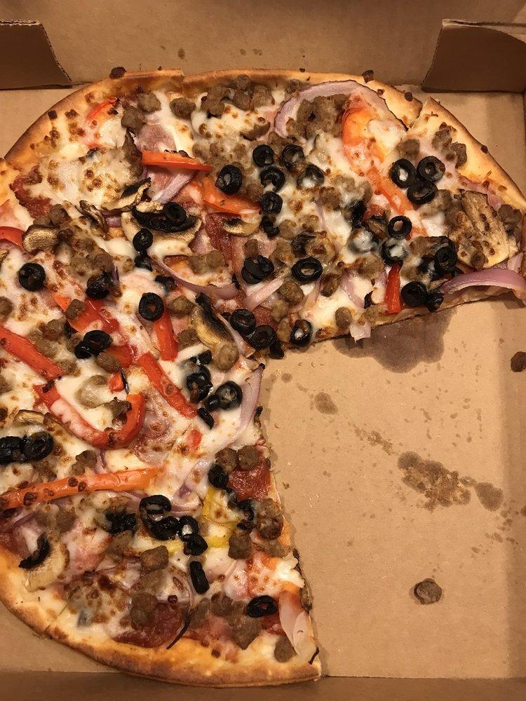 Pit Stop Pizza: 50579 US Hwy 69 N, Bullard, TX
