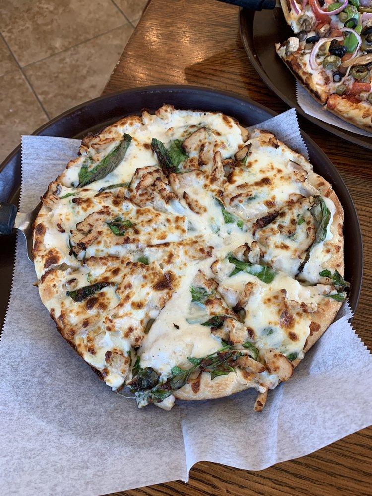 Milano's Pizza: 467 W Panola St, Carthage, TX