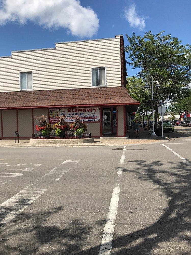 Klenow's Market: 201 Newman St, East Tawas, MI