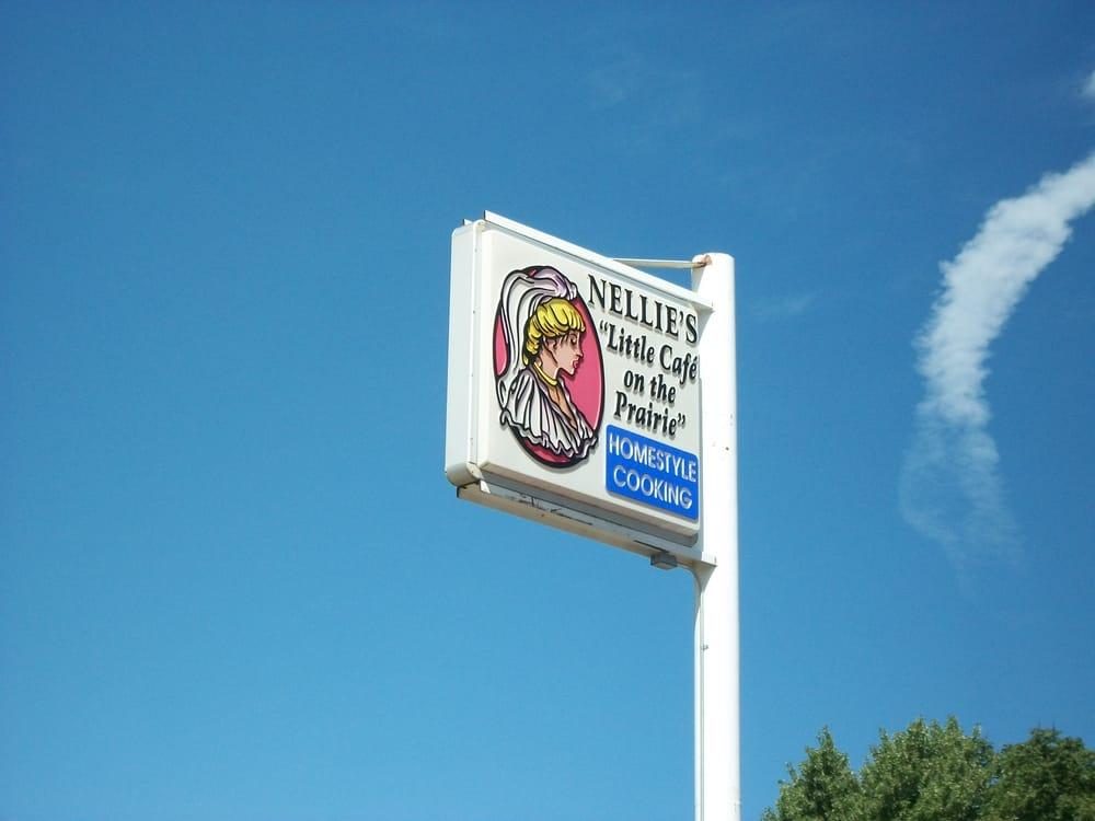 Nellies Cafe: 550 US Hwy 14, Walnut Grove, MN