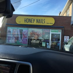 Honey Nails