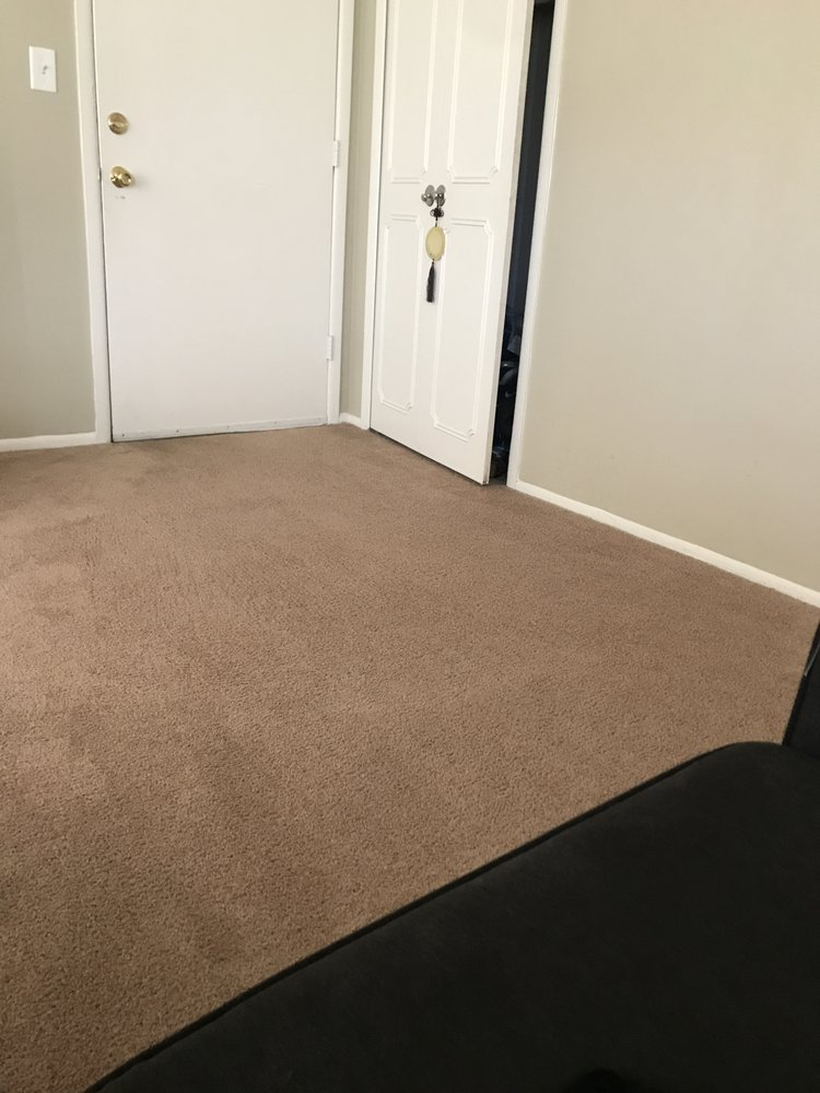 Sunglo Carpet Cleaning: 2899 S Beech Daly St, Dearborn Heights, MI