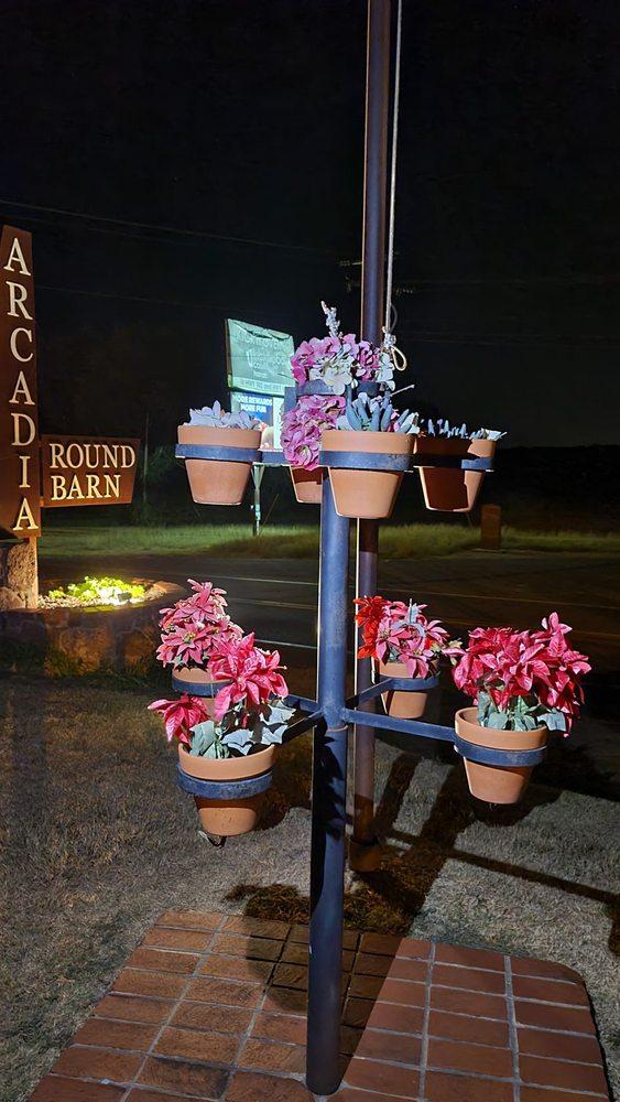 The Arcadia Round Barn: 107 E Hwy 66, Arcadia, OK