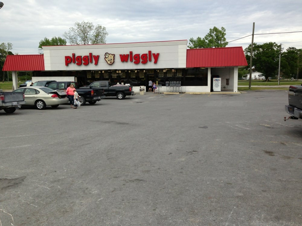 Piggly Wiggly: 707 Main St, Maysville, NC