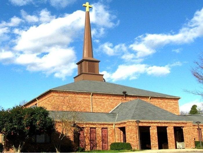 St Luke's Episcopal Church: 8009 Fort Hunt Rd, Alexandria, VA