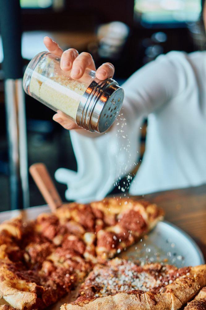 Hideaway Pizza