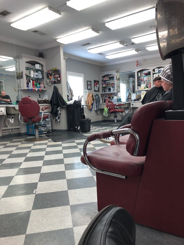 Family Barber Shop: 211 Hoy Rd, Madison, MS