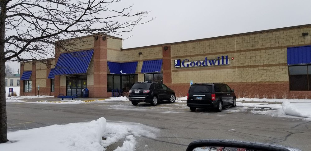 Goodwill Store & Donation Center: 543 E North Ave, Glendale Heights, IL
