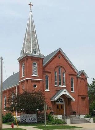 St Mary's Catholic Church: 79 W 3rd St, El Paso, IL