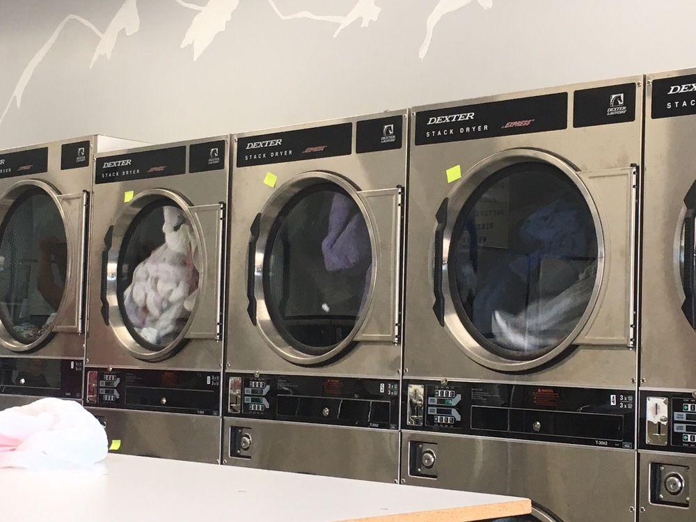 Big Springs Laundry: 727 N Woodland Rd, Pinetop-Lakeside, AZ