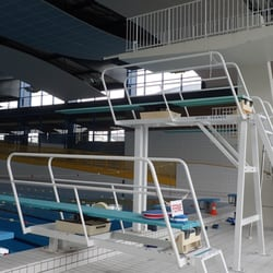 piscine jean bouin - Angers, France. ANGERS (49) - Piscine Jean Bouin - Installations de plongeon