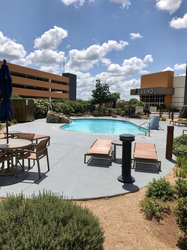 Kickapoo Lucky Eagle Casino: 794 Lucky Eagle Dr, Eagle Pass, TX