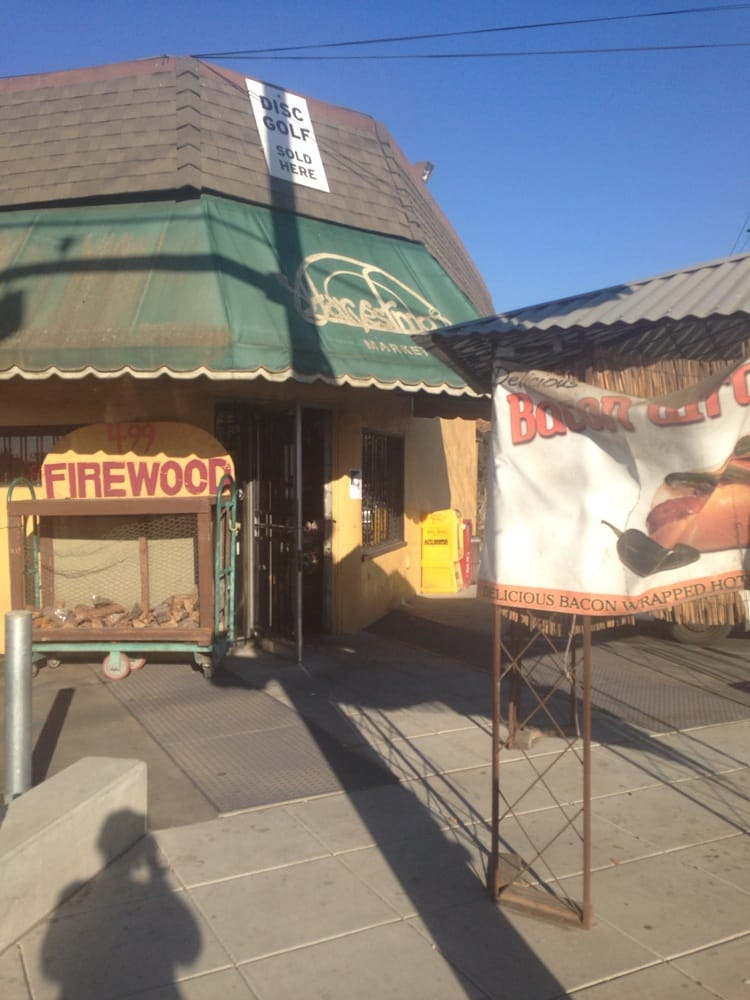 Harvest Moon Market: 518 Green Valley Rd, Watsonville, CA