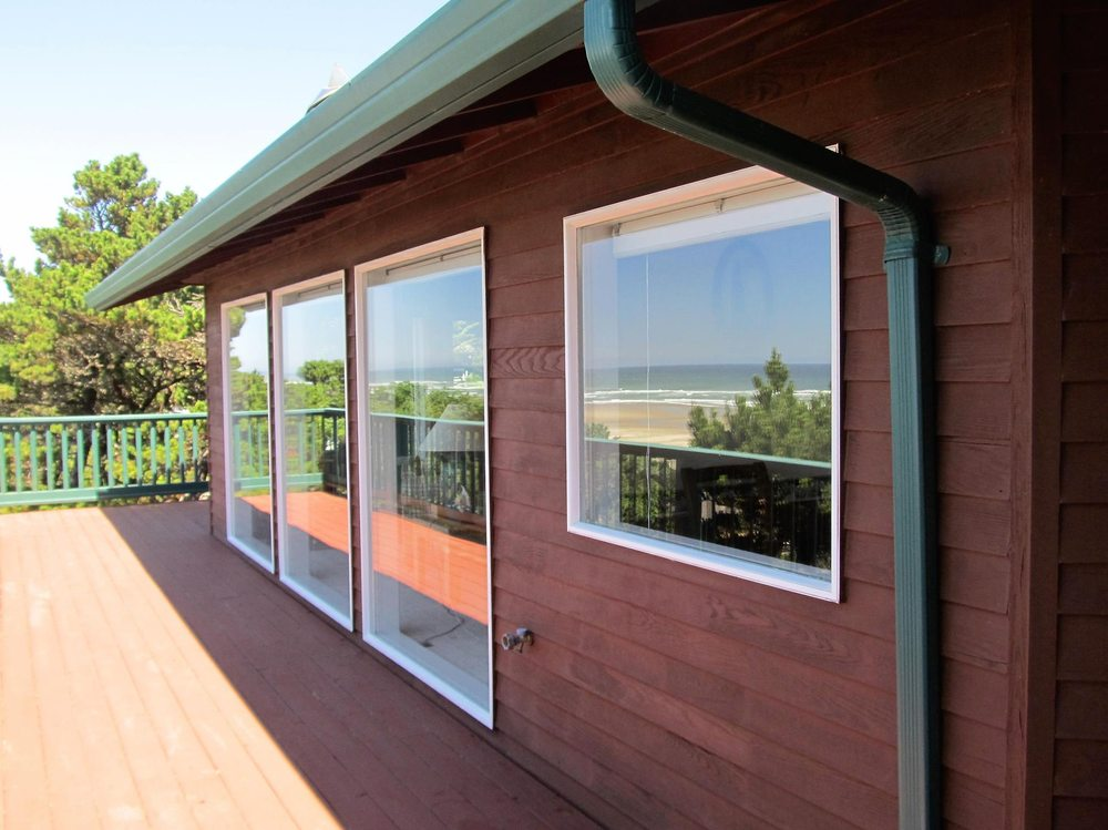 Beautiful Reflections Window Cleaning: Waldport, OR