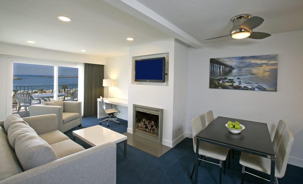 Oceanside Marina Suites