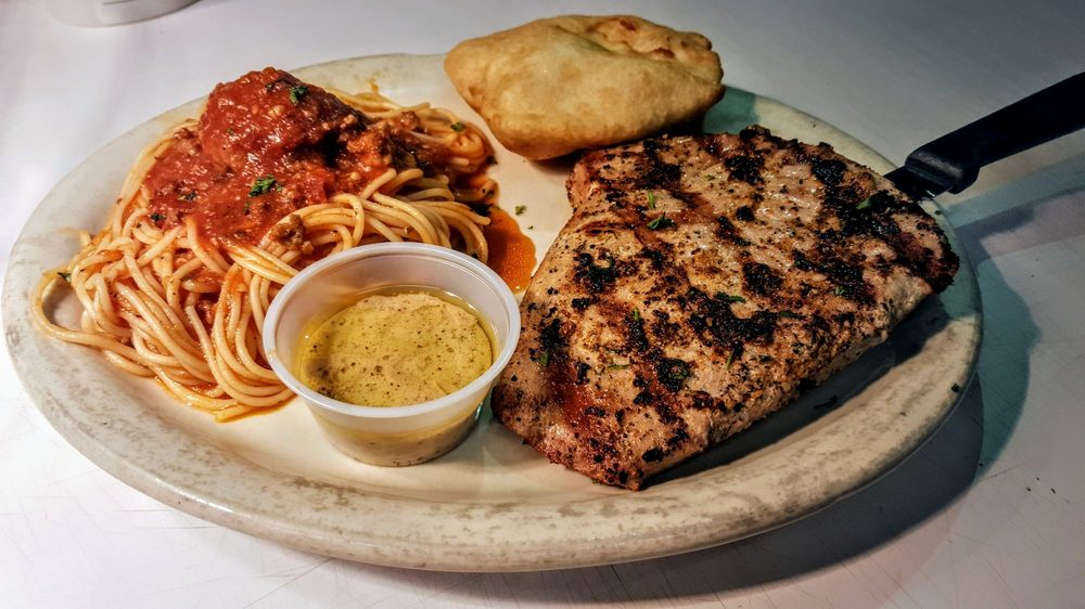 Papa Roc's Italian Grill: 3442 Hwy 8 W, Cleveland, MS