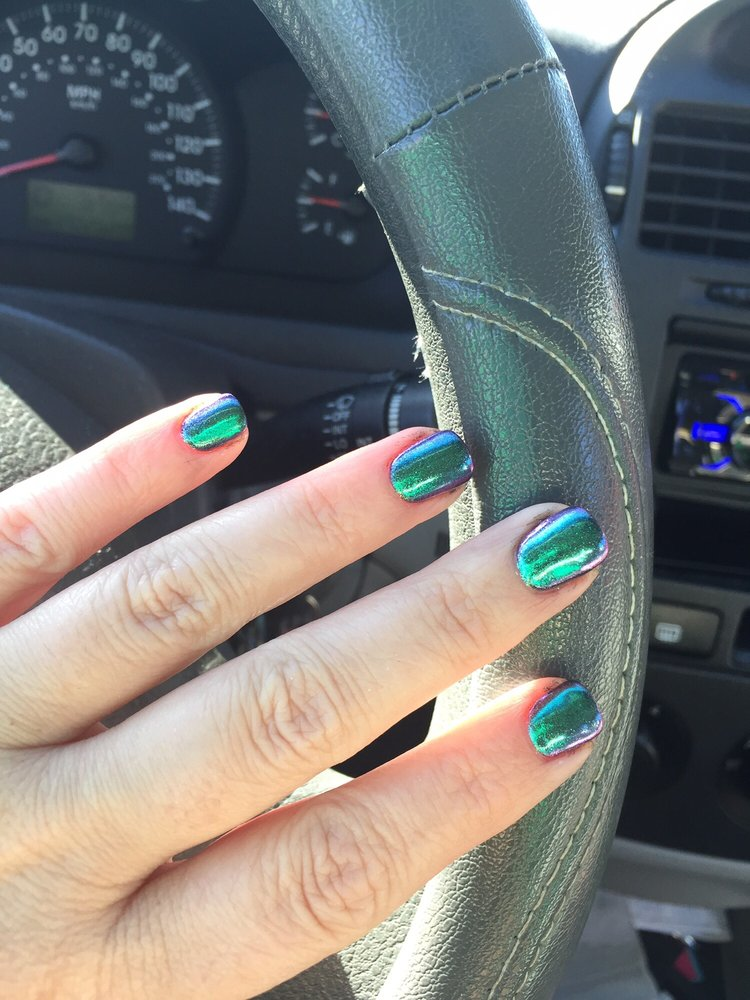 Iridescent nails. Different colors depending on angle/light. Oil ...