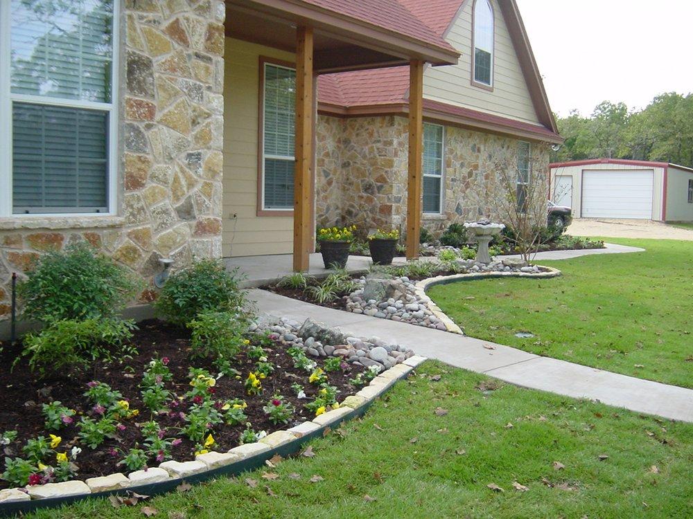 Cornerstone Landscape: 2307 Weatherford Hwy, Cleburne, TX