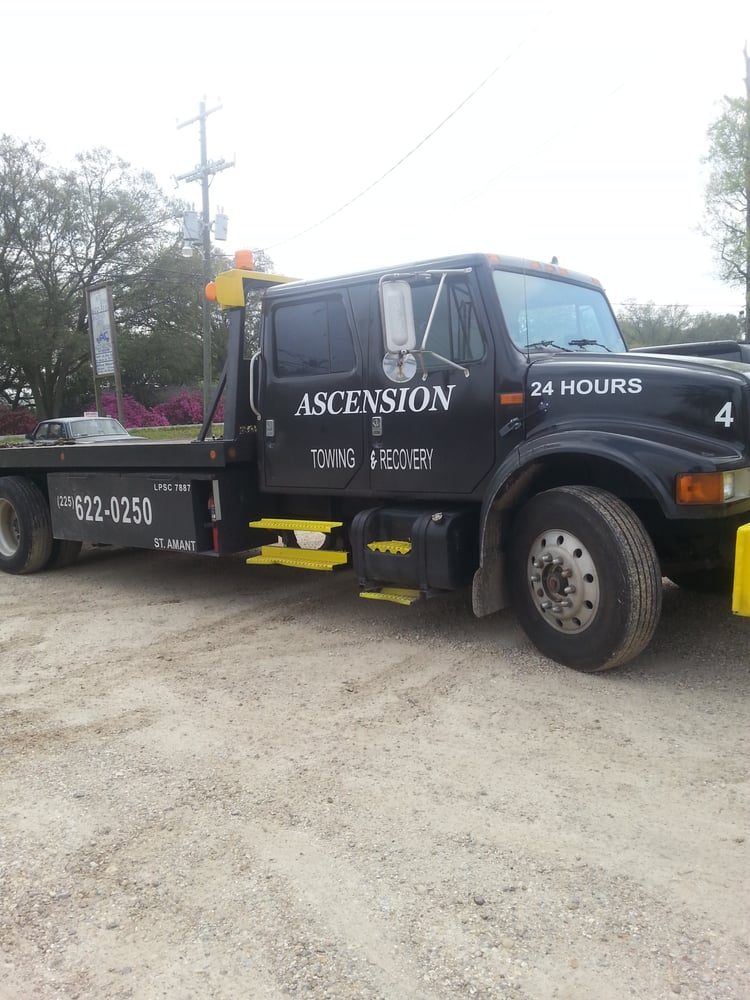 Ascension Towing & Recovery: 14407 Hwy 431, Saint Amant, LA