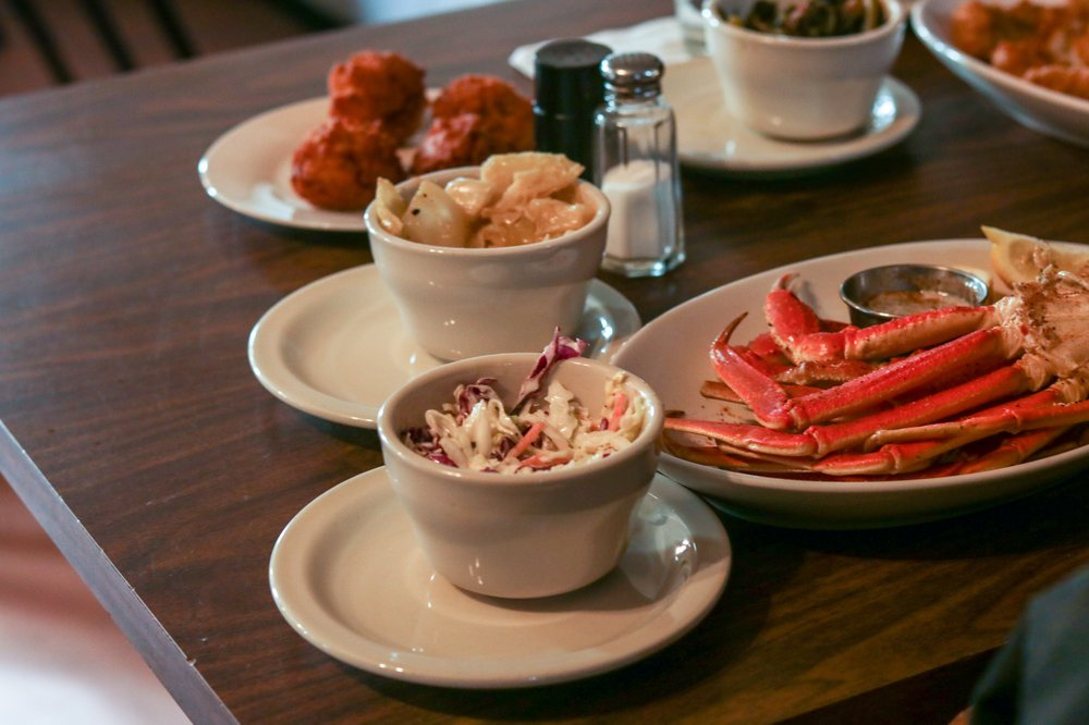 The Weekend Restaurant: 1805 Hodges Ferry Rd, Portsmouth, VA