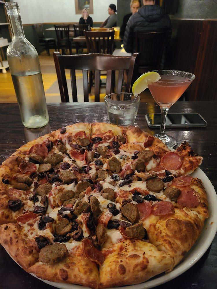 The Village Pizzeria: 1200 Grant Ave, Novato, CA