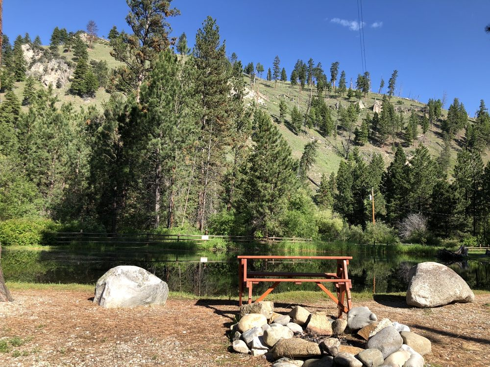 Camp Sula: 7060 US Highway 93 S, Sula, MT