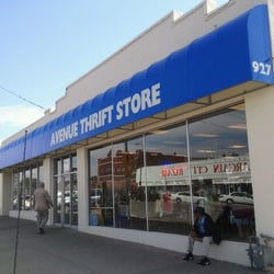 Avenue thrift store charity shops 927 minnesota ave for Craft stores in kansas city