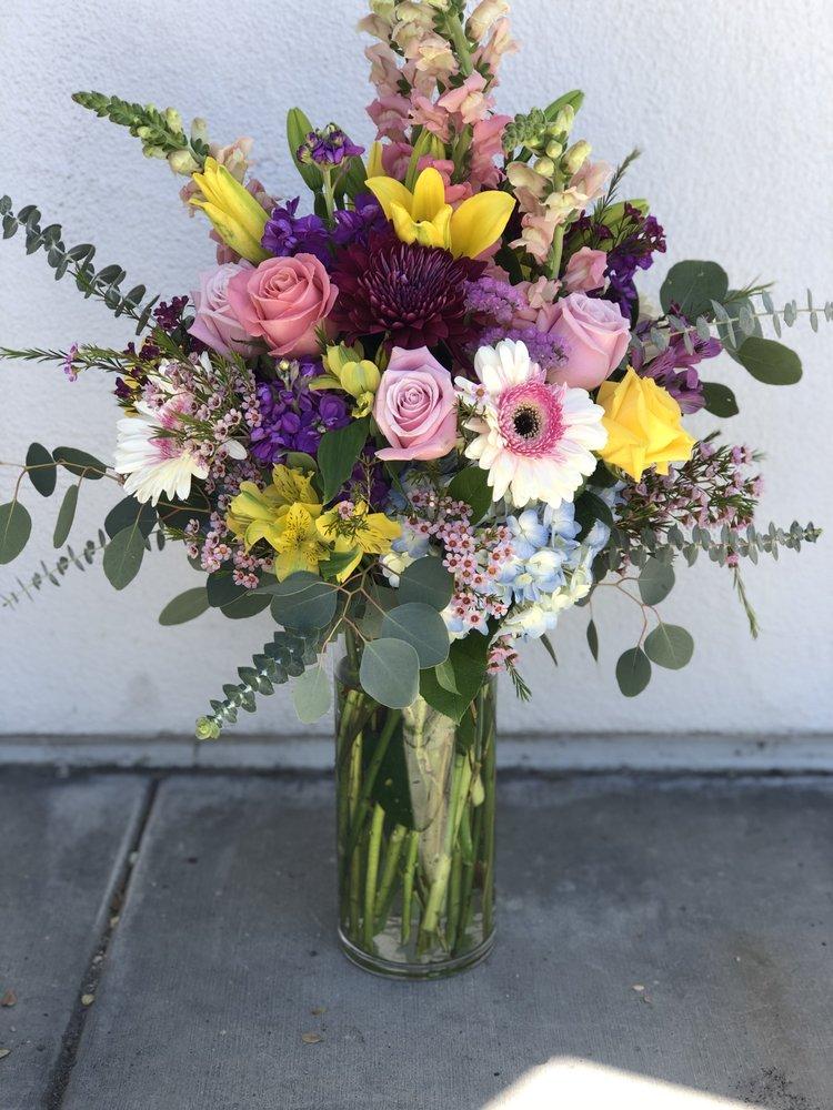 Sami's Flowers