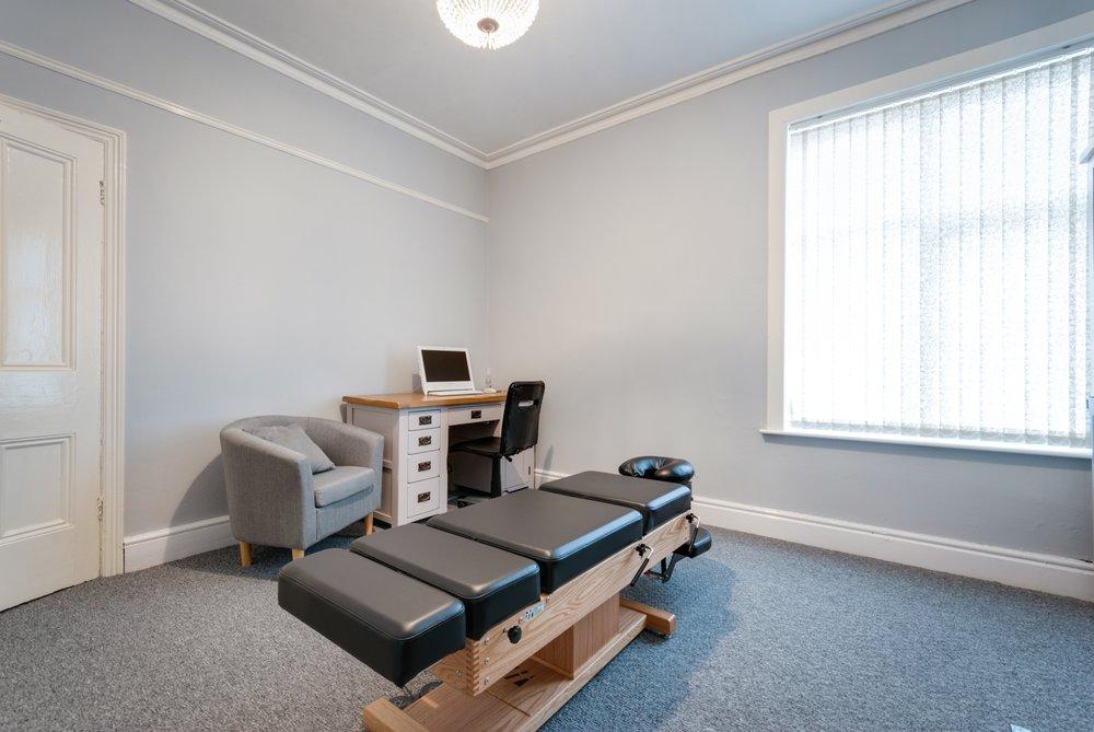 Alex Eatly - Liverpool Chiropractic Clinic | 101 Aigburth Road, Liverpool L17 4JU | +44 151 792 2149