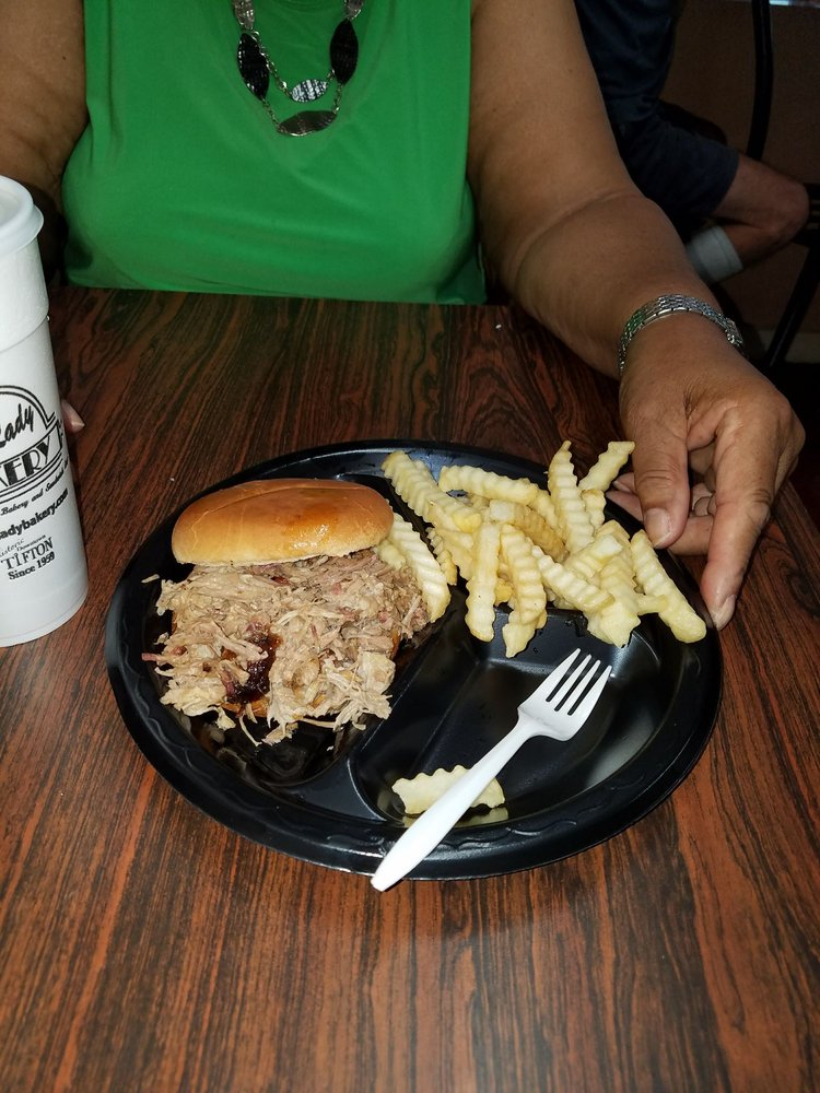 G's Slow Smoked BBQ: 1282 Blanding Blvd, Orange Park, FL