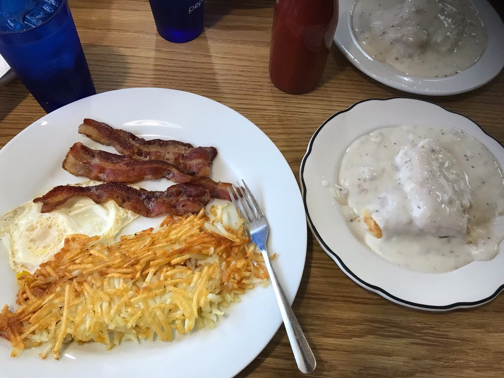 The Brothers  Restaurant: 1718 2nd Ave, Rapids City, IL
