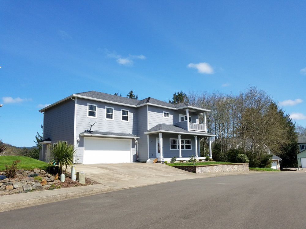 Feather Ann Hryczyk, Coldwell Banker Professional Group, Lincoln City | 1815 NW Highway 101, Lincoln City, OR, 97367 | +1 (541) 921-3211