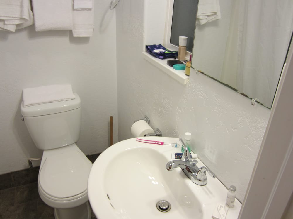Super clean small bathroom yelp for Super small bathroom