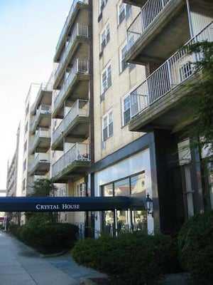 crystal house rental apartments 630 shore rd long beach ny