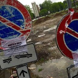 Piazza stuparich piazze pubbliche viale renato serra for Viale serra milano