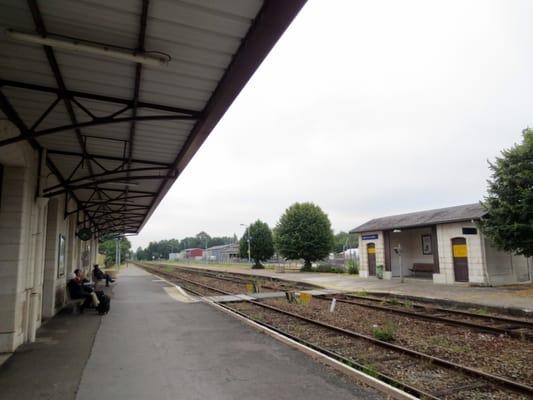 Gare Sncf De Sainte Foy La Grande Train Stations Avenue