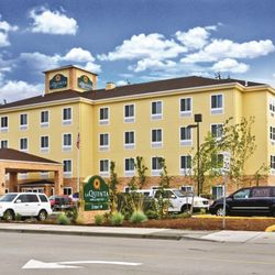 Photo Of La Quinta Inn Suites Auburn Wa United States